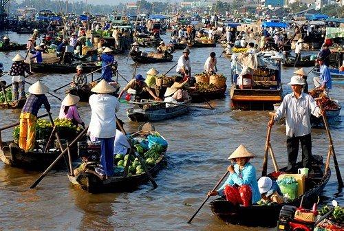 Tour du lịch Chợ nổi Cái Bè, Đảo Tân Phong 01 ngày (VIP tour)